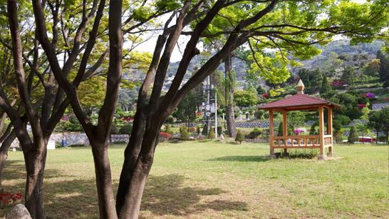 공원묘지3.jpg